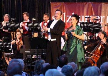 Salzburger Ballorchester - Glücksmomente